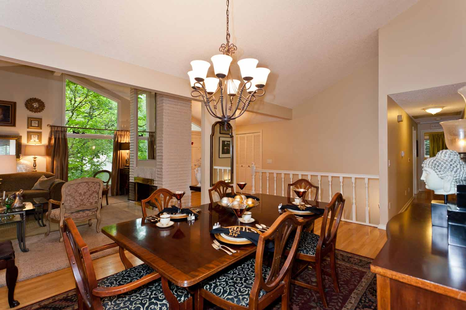 Donate Consign Oh My Pamela, Where Can I Donate My Dining Room Furniture
