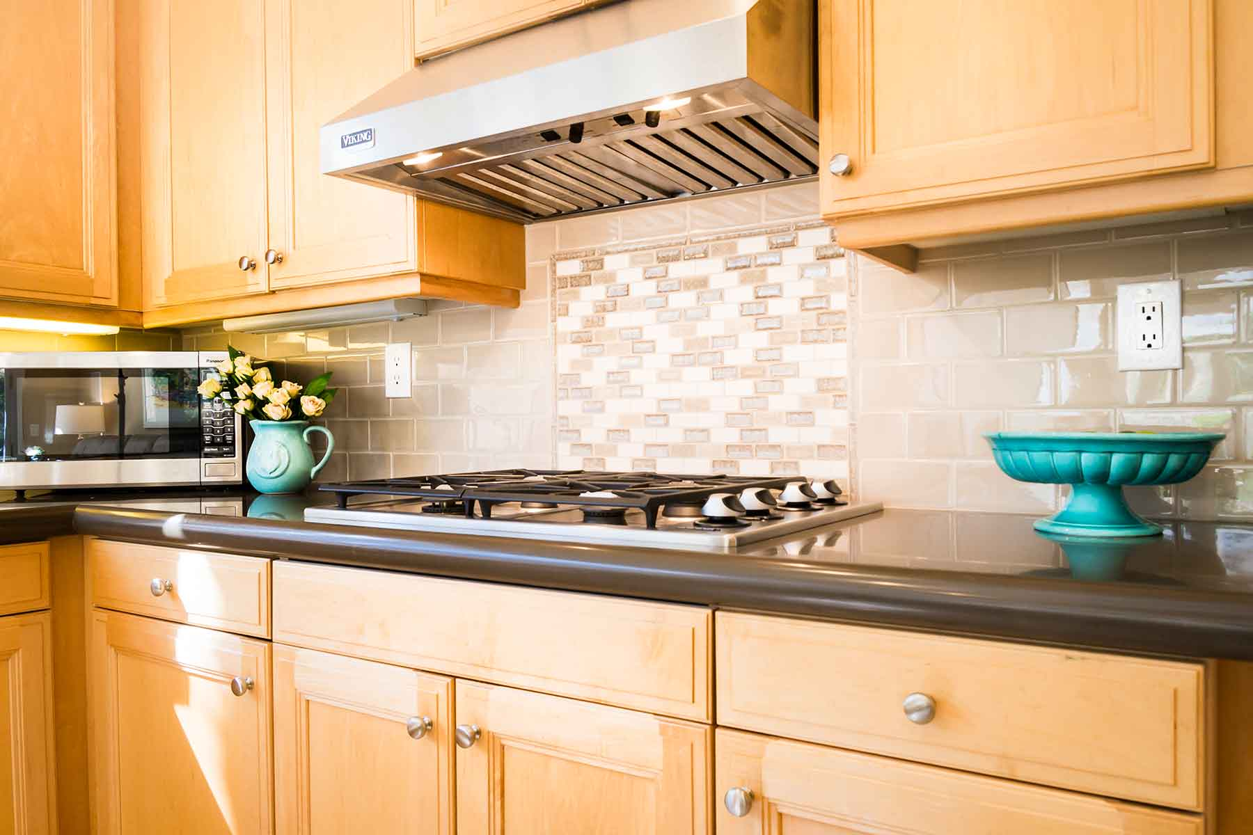 Sonoma Backsplash with Pental counters